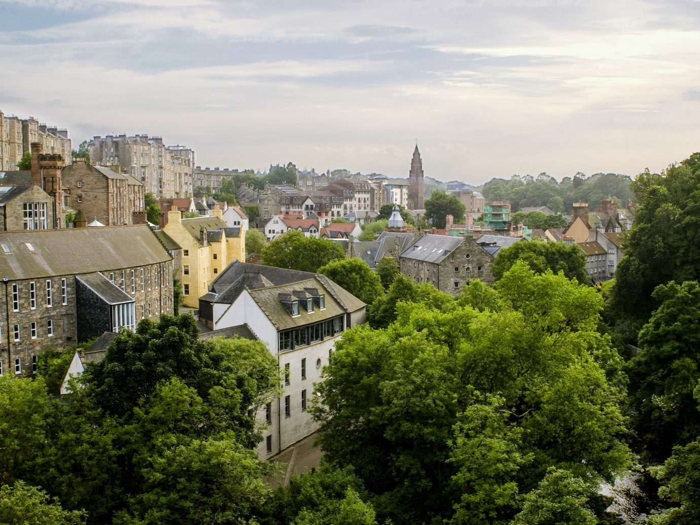 Jetsetter Guides tree outdoor sky landmark Town City urban area human settlement cityscape aerial photography estate tourism River château skyline monastery lush