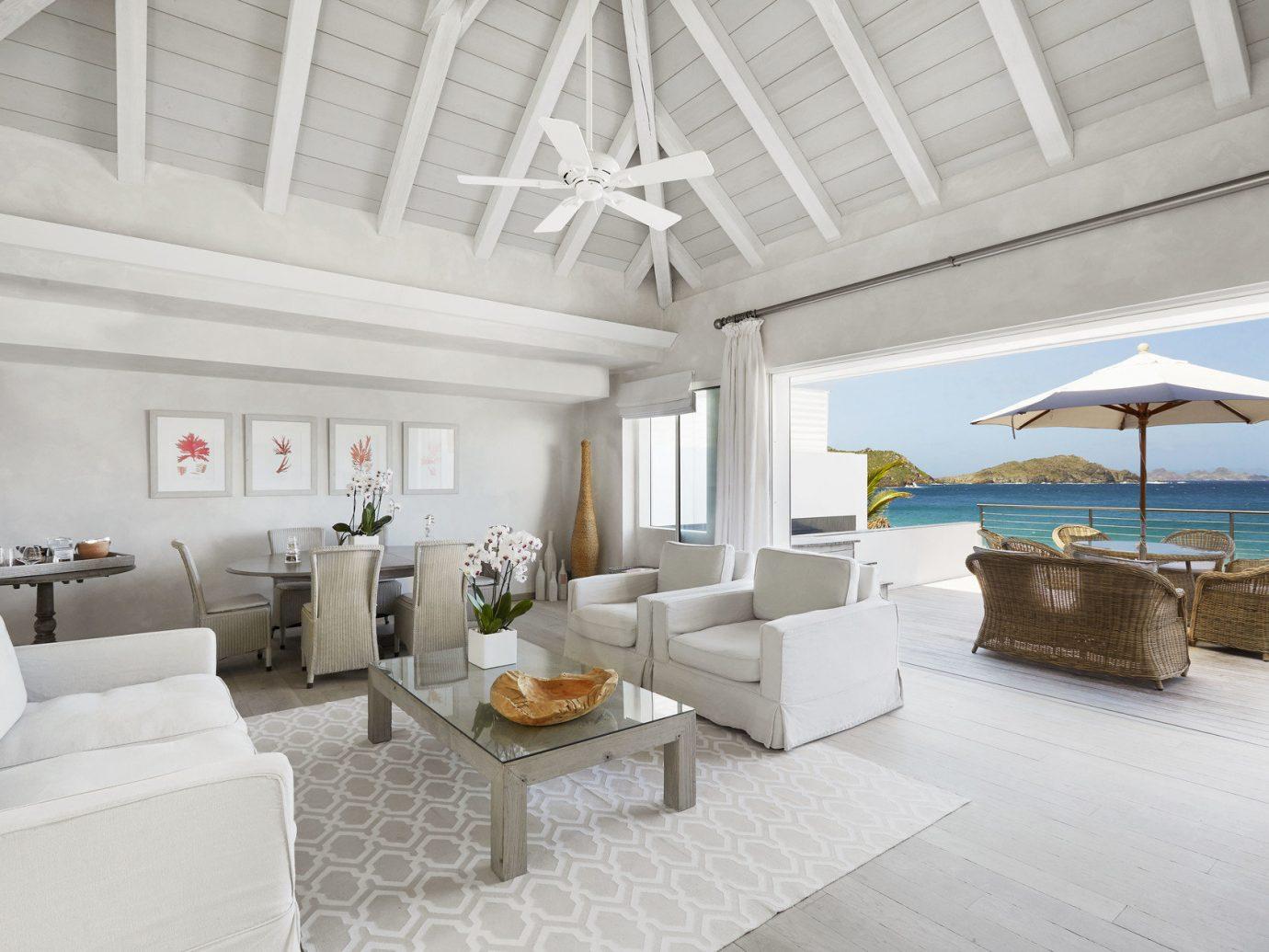 Living room at Cheval Blanc Randheli