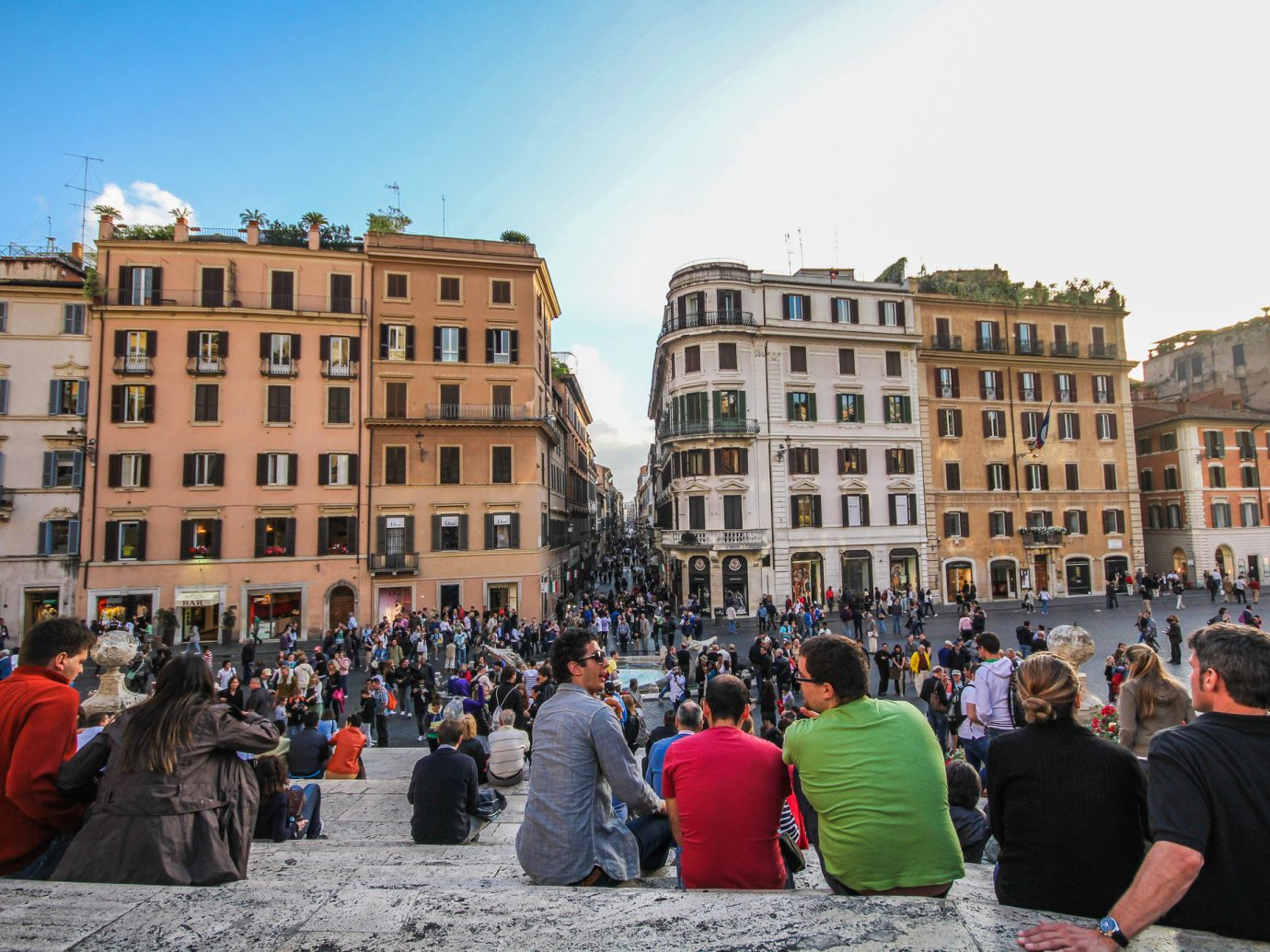 Travel Tips sky outdoor person City crowd people Town town square water group public space tourism urban area plaza street recreation fun building Downtown tours square