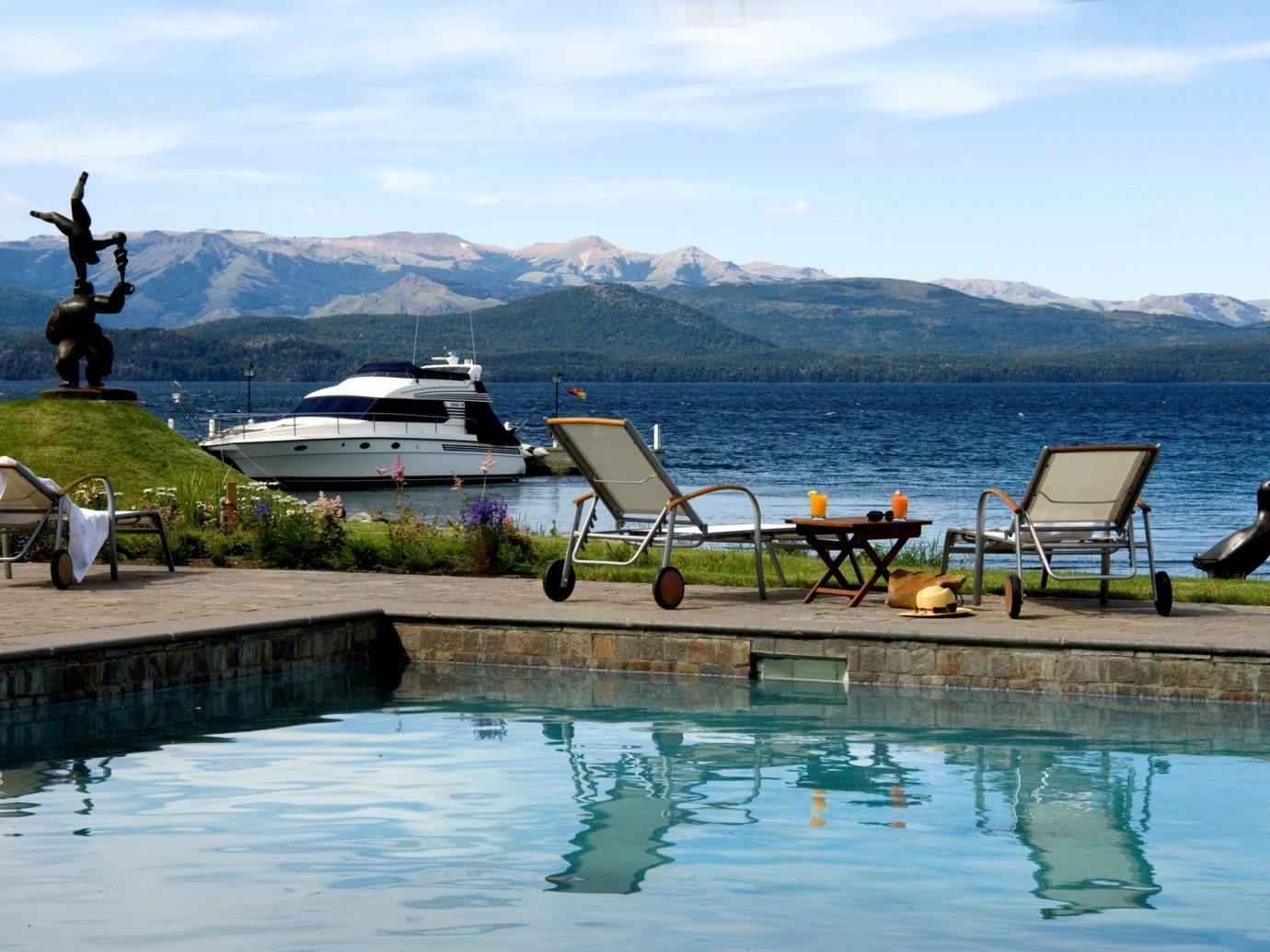 Hotels water sky mountain outdoor Lake Sea shore vacation vehicle dock Ocean bay Coast reflection marina overlooking