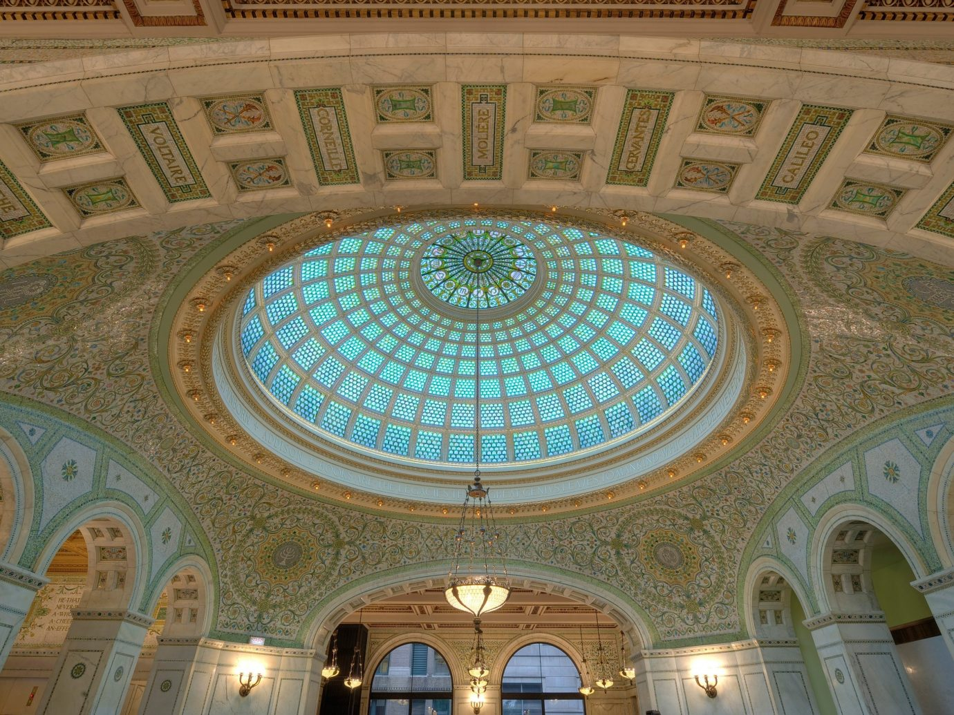Budget indoor dome structure building mosque ceiling daylighting palace place of worship symmetry estate hall