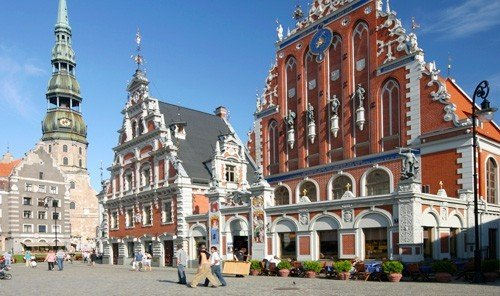 Trip Ideas building outdoor plaza historic site Town landmark tourism tours facade palace town square panorama government building