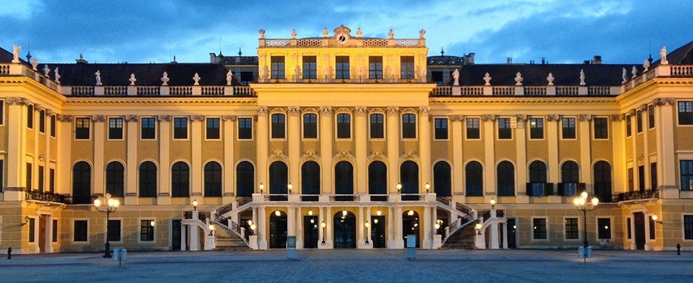 Hotels building plaza landmark palace historic site outdoor classical architecture facade town square estate colonnade