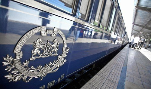Style + Design vehicle land vehicle train transport mode of transport high speed rail platform tgv rolling stock public transport subway