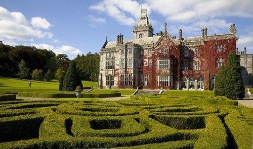 Jetsetter Guides grass sky outdoor historic site stately home building field estate old house lawn château stone castle lush