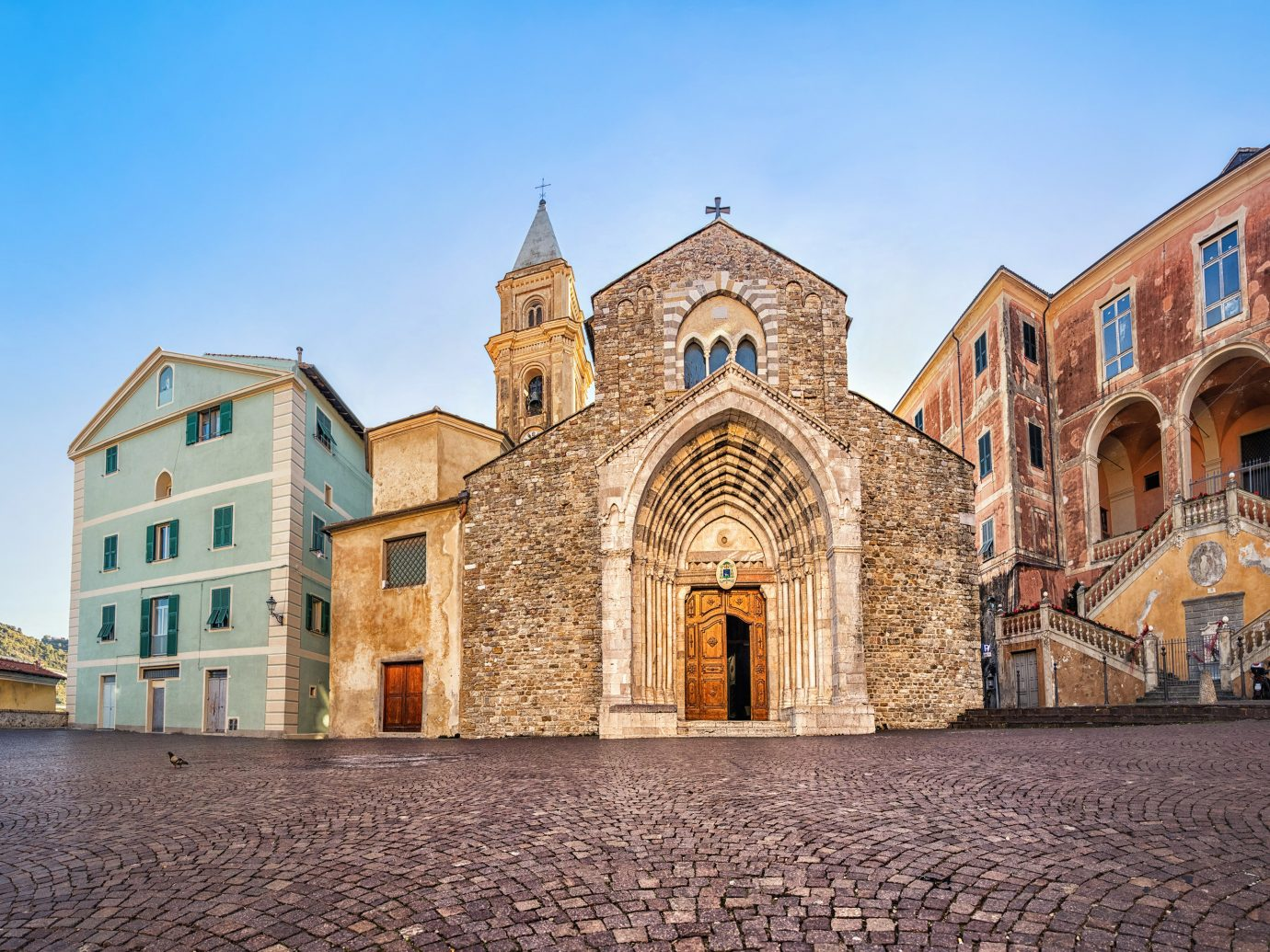 Italy Trip Ideas sky building landmark medieval architecture Town historic site Church place of worship cathedral facade town square history basilica City chapel abbey window arch parish estate middle ages tourism