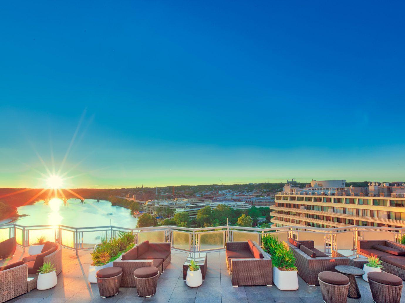 Food + Drink sky outdoor Resort vacation estate area furniture
