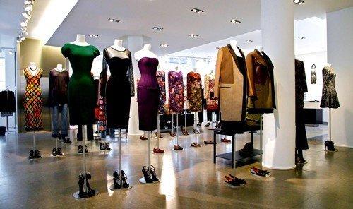 Style + Design floor indoor Boutique retail display window art exhibition exhibition room several