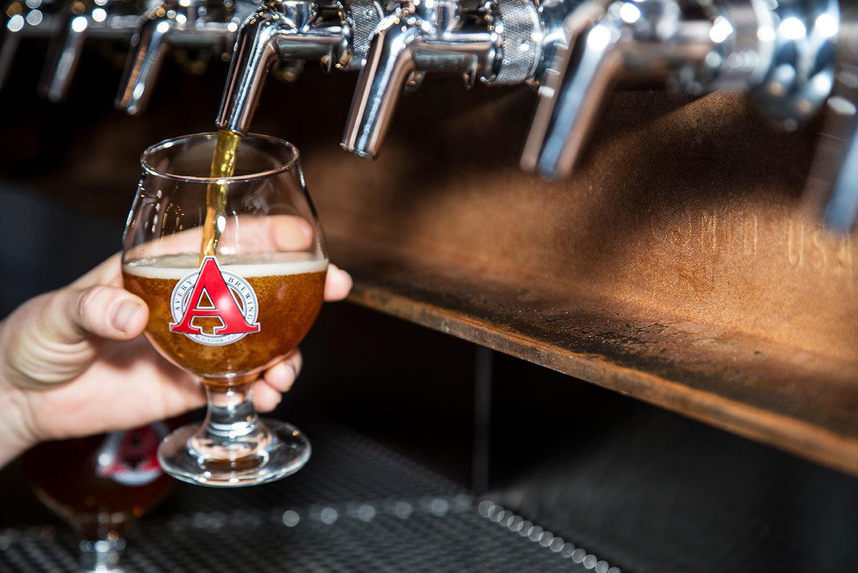 Trip Ideas Weekend Getaways table indoor Drink alcoholic beverage distilled beverage beer alcohol glass Bar