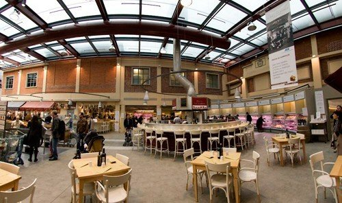 Style + Design indoor table floor ceiling meal function hall restaurant cafeteria convention center food court area several