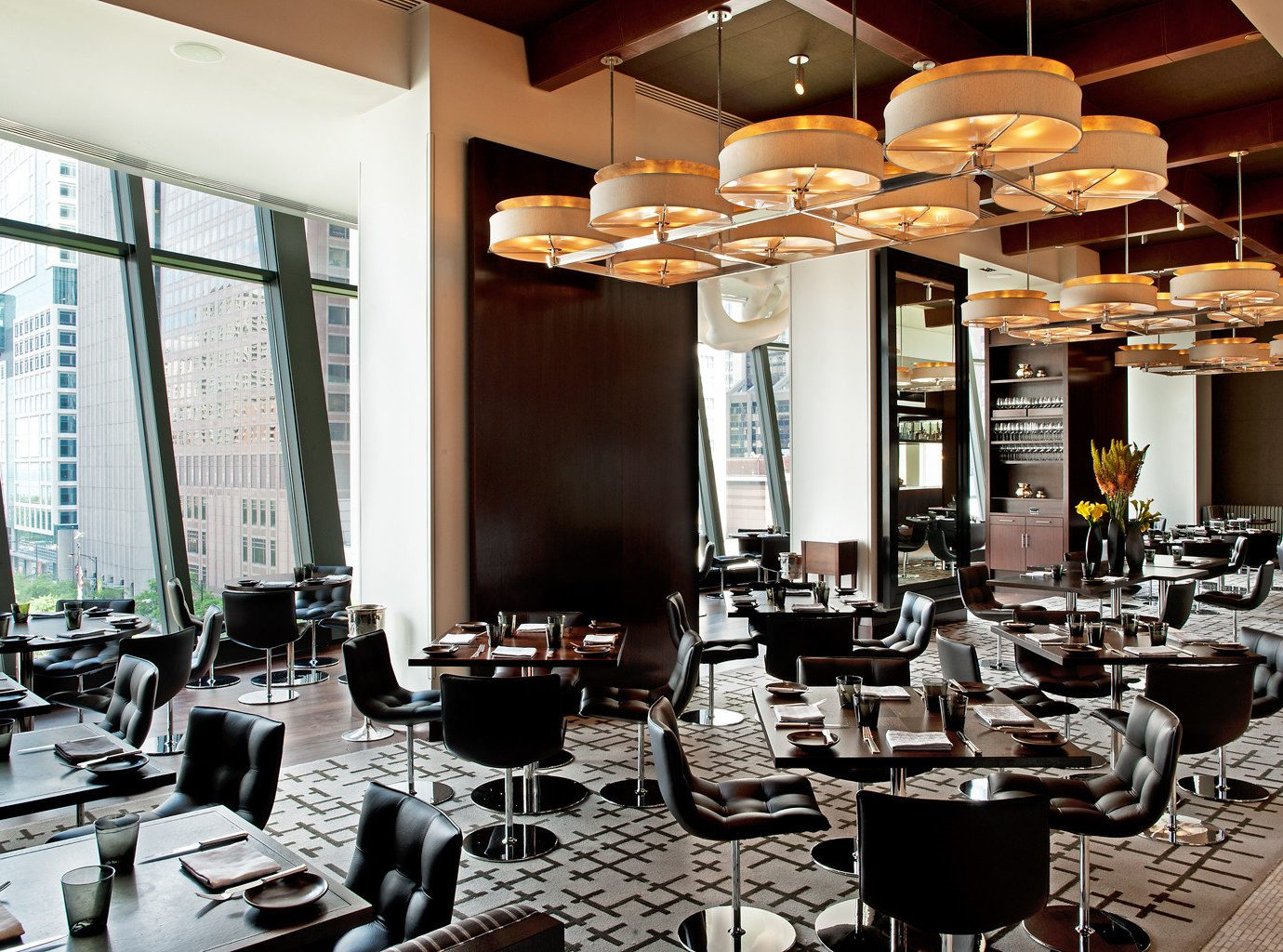Bar Dining Drink Eat Hip Hotels Luxury Modern indoor table window Living room restaurant furniture interior design Lobby café conference hall function hall condominium meal cafeteria convention center area set several dining table