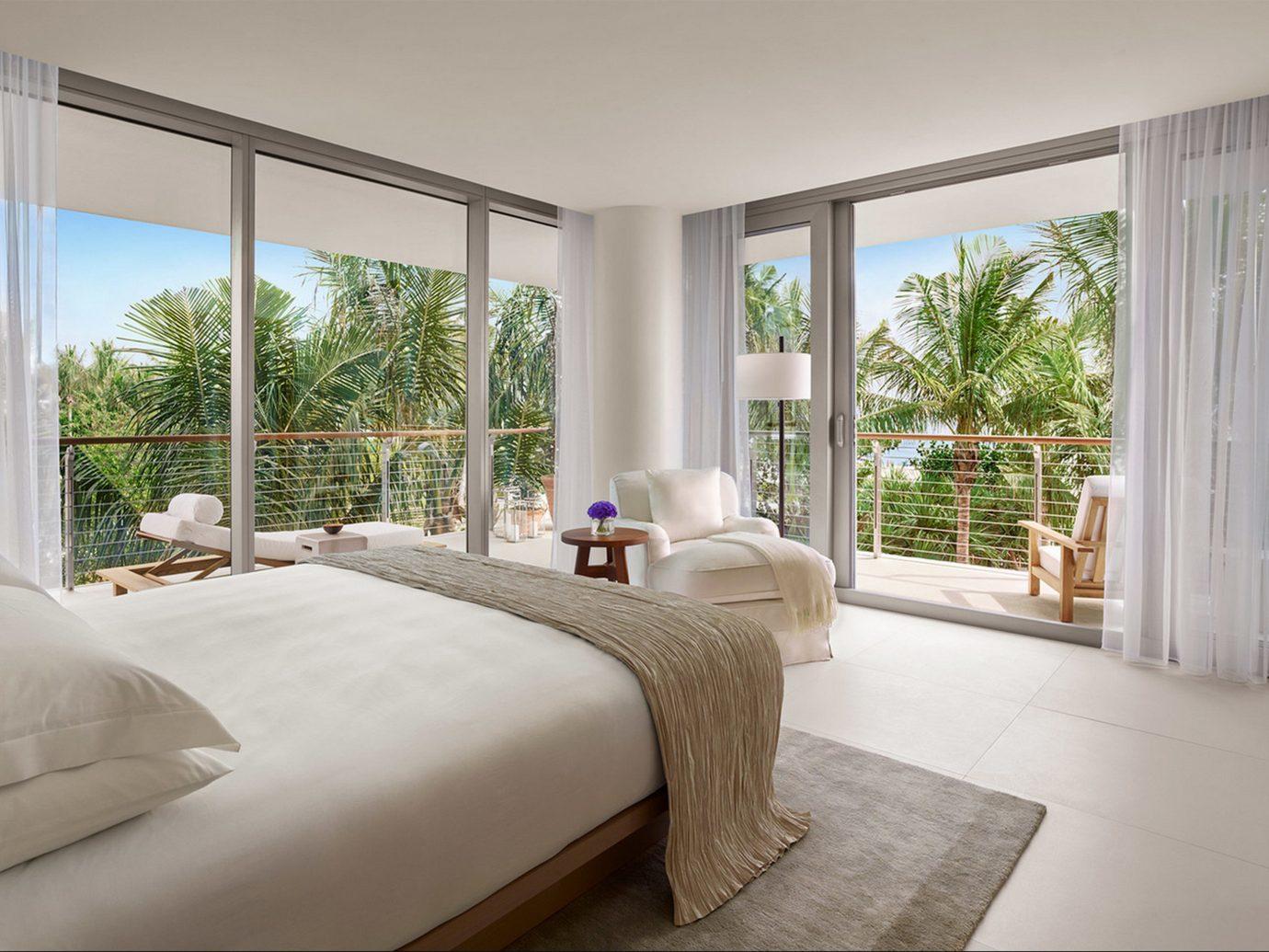 Bedroom in The Miami Beach EDITION - Miami Hotel