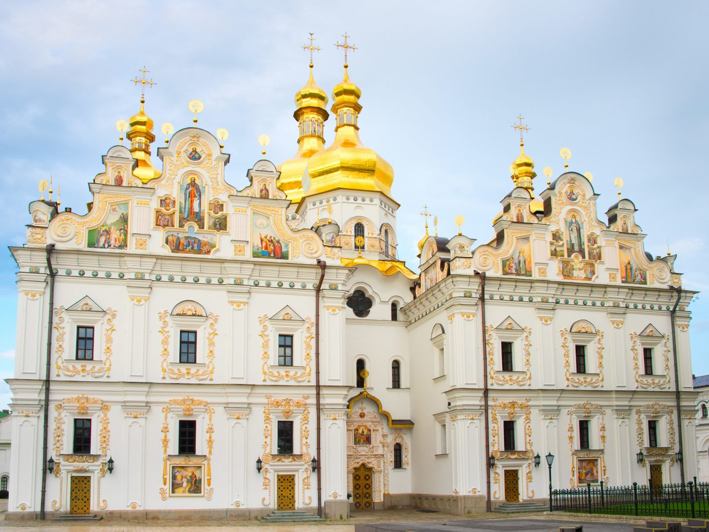 Trip Ideas outdoor landmark historic site building palace classical architecture Architecture facade byzantine architecture place of worship basilica plaza big cathedral monastery government building square stone