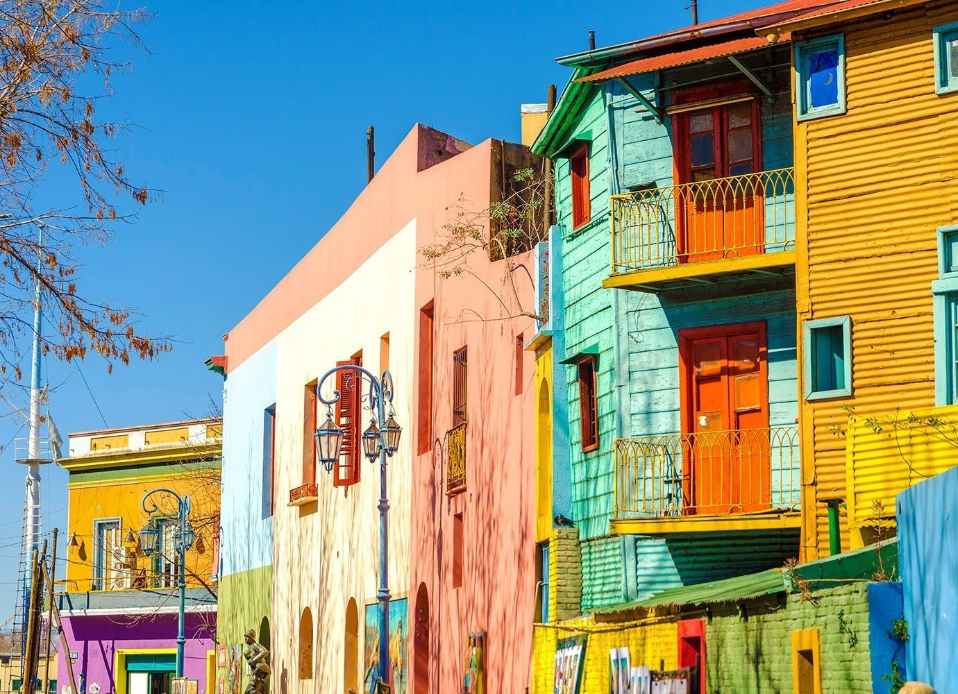 Trip Ideas outdoor sky color house Town neighbourhood human settlement facade Architecture residential area estate cityscape