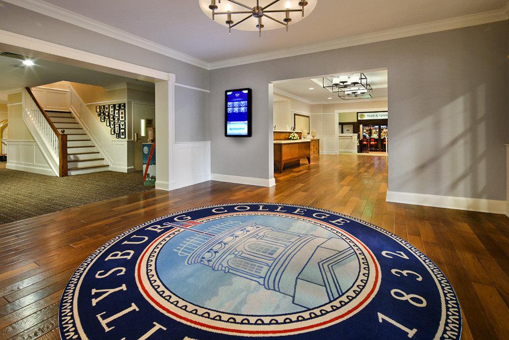 Hotels indoor floor ceiling wall room Living interior design flooring Lobby hardwood wood flooring real estate estate hall daylighting furniture
