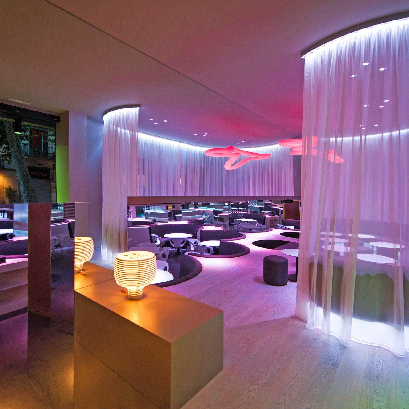 Adult-only City Hip Lounge Nightlife Play restaurant function hall Bar nightclub