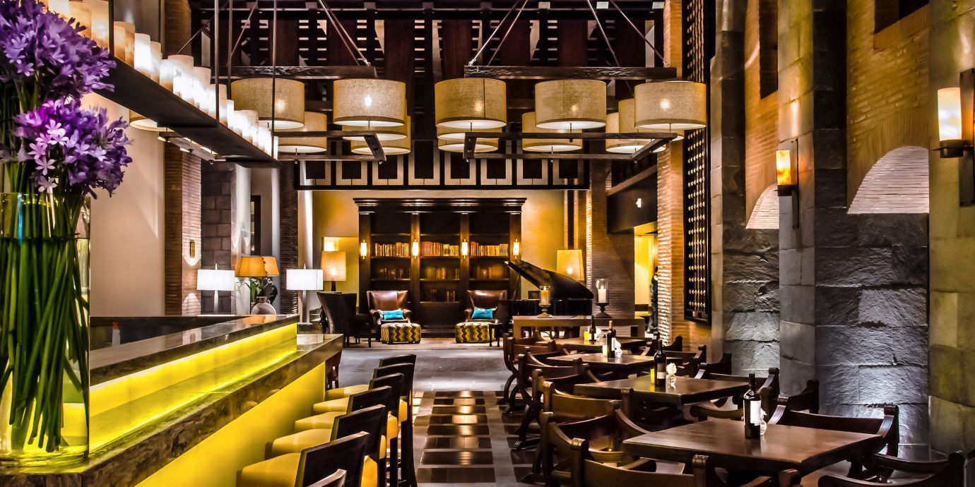 Adult-only Bar Dining Drink Eat Luxury Romantic Scenic views restaurant function hall Lobby