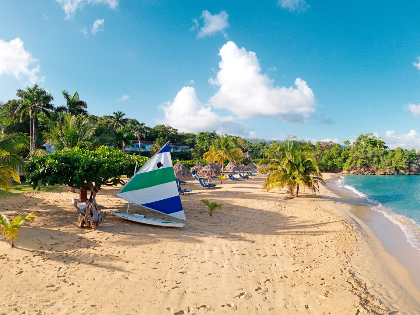 Adventure Beach Beachfront Luxury Ocean Outdoors Resort sky water ground shore leisure caribbean Sea Coast Nature tropics Island Lagoon cape sand arecales cove sunny day sandy