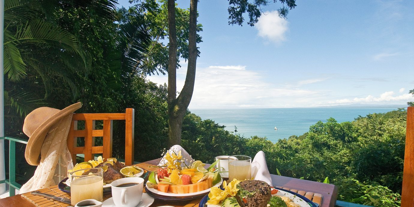 All-inclusive Dining Drink Eat Family Kitchen Luxury Tropical tree sky food Picnic Resort restaurant backyard