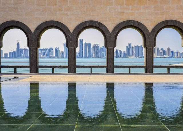 water landmark building Architecture bridge reflecting pool arch symmetry palace colonnade