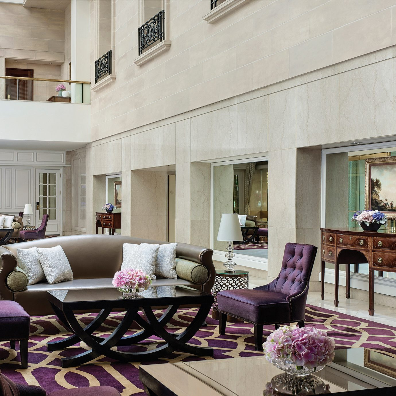 Architecture Bar Classic Cultural Elegant Historic Lobby Lounge Luxury Romance living room property home condominium Villa mansion cottage