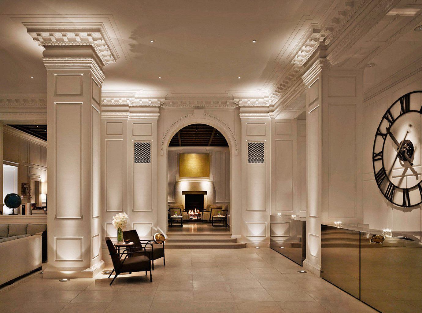 Boutique Historic Hotels Lobby Architecture hall tourist attraction home mansion art gallery living room ballroom
