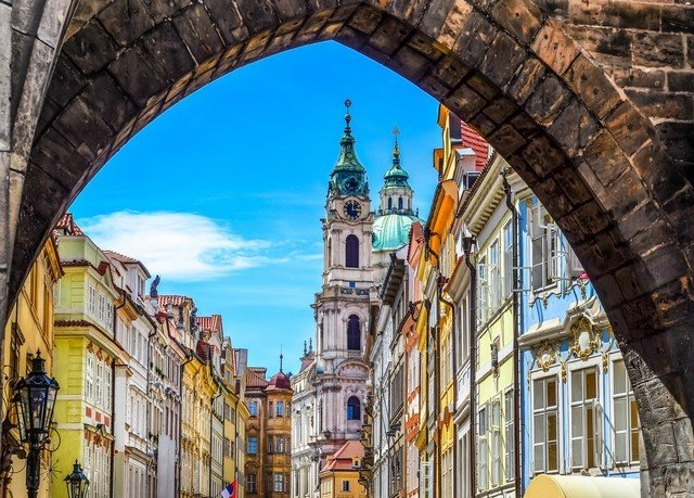 building landmark Town street Architecture City arch cityscape waterway tours stone