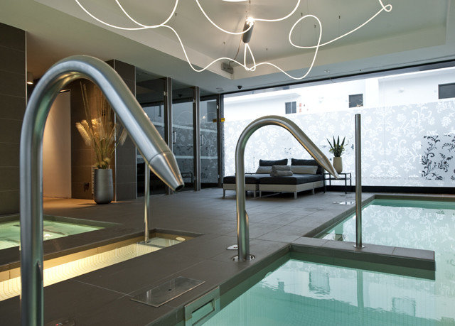 property swimming pool Architecture daylighting Villa condominium mansion