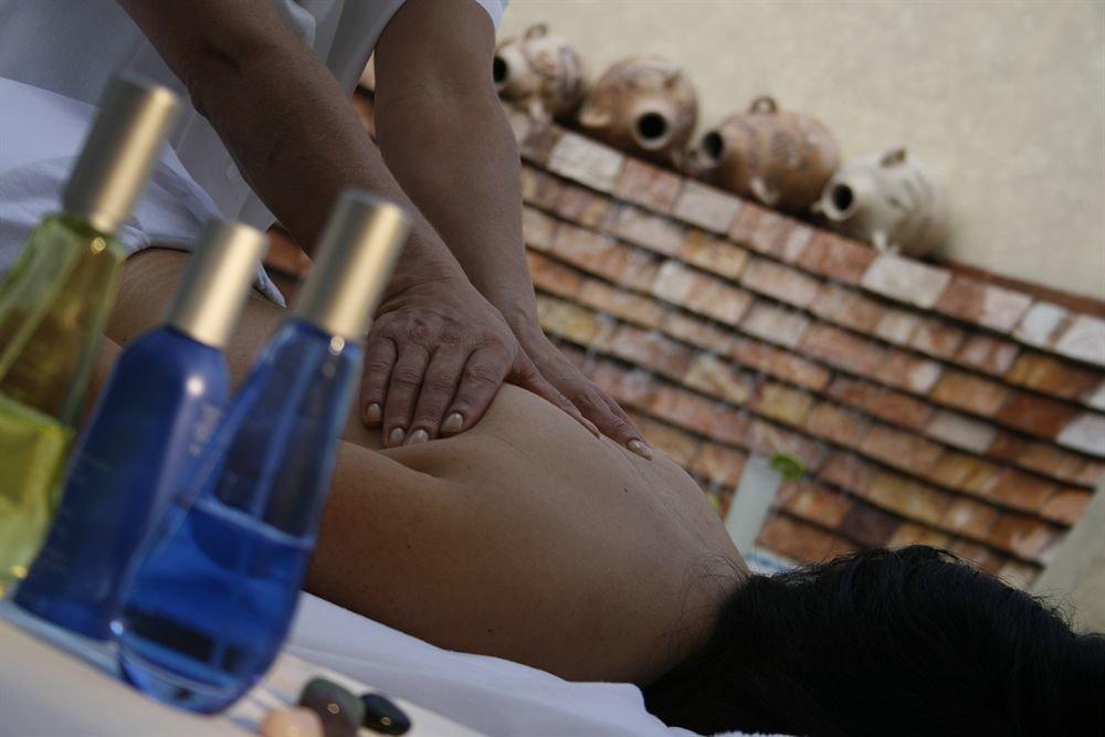girl leg arm hand finger human body