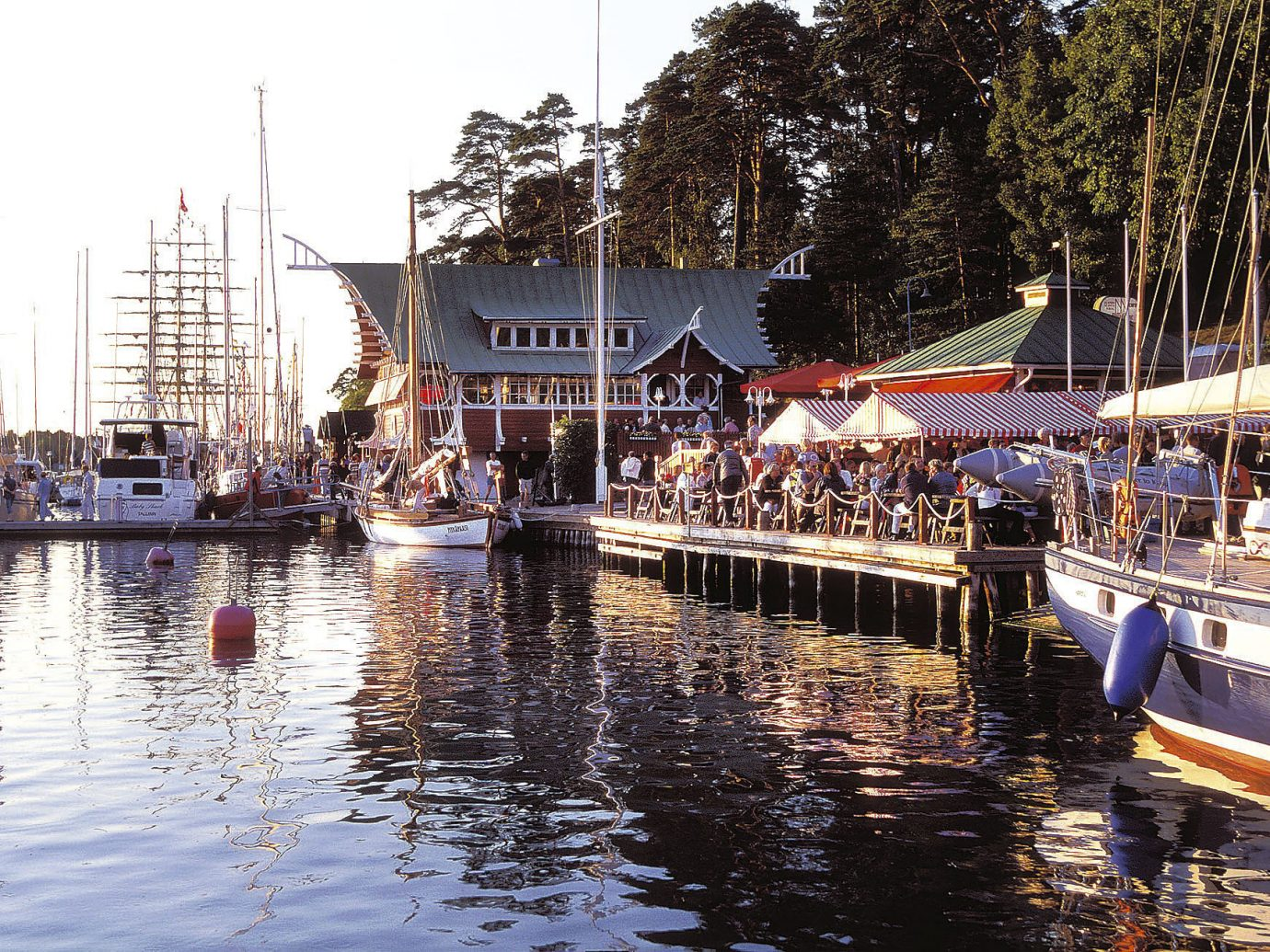 Finland Trip Ideas outdoor Boat sky water Town vehicle waterway Harbor Canal marina dock tourism boating River docked watercraft several