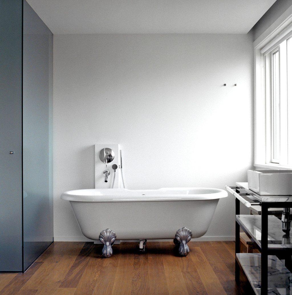 Bath Boutique Boutique Hotels City Design Hip Hotels Iceland Reykjavík wall indoor floor room ceiling bathroom bathtub plumbing fixture interior design lighting flooring furniture bathroom cabinet sink bidet