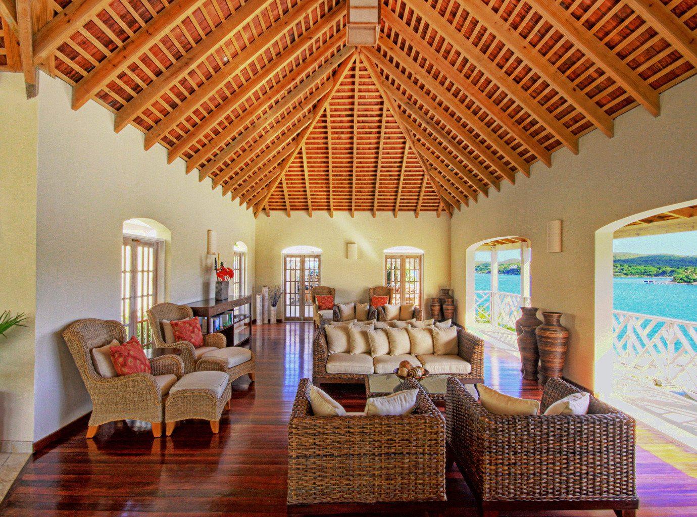 Balcony Beachfront Classic Deck Lounge Resort property living room home Villa cottage hacienda Lobby