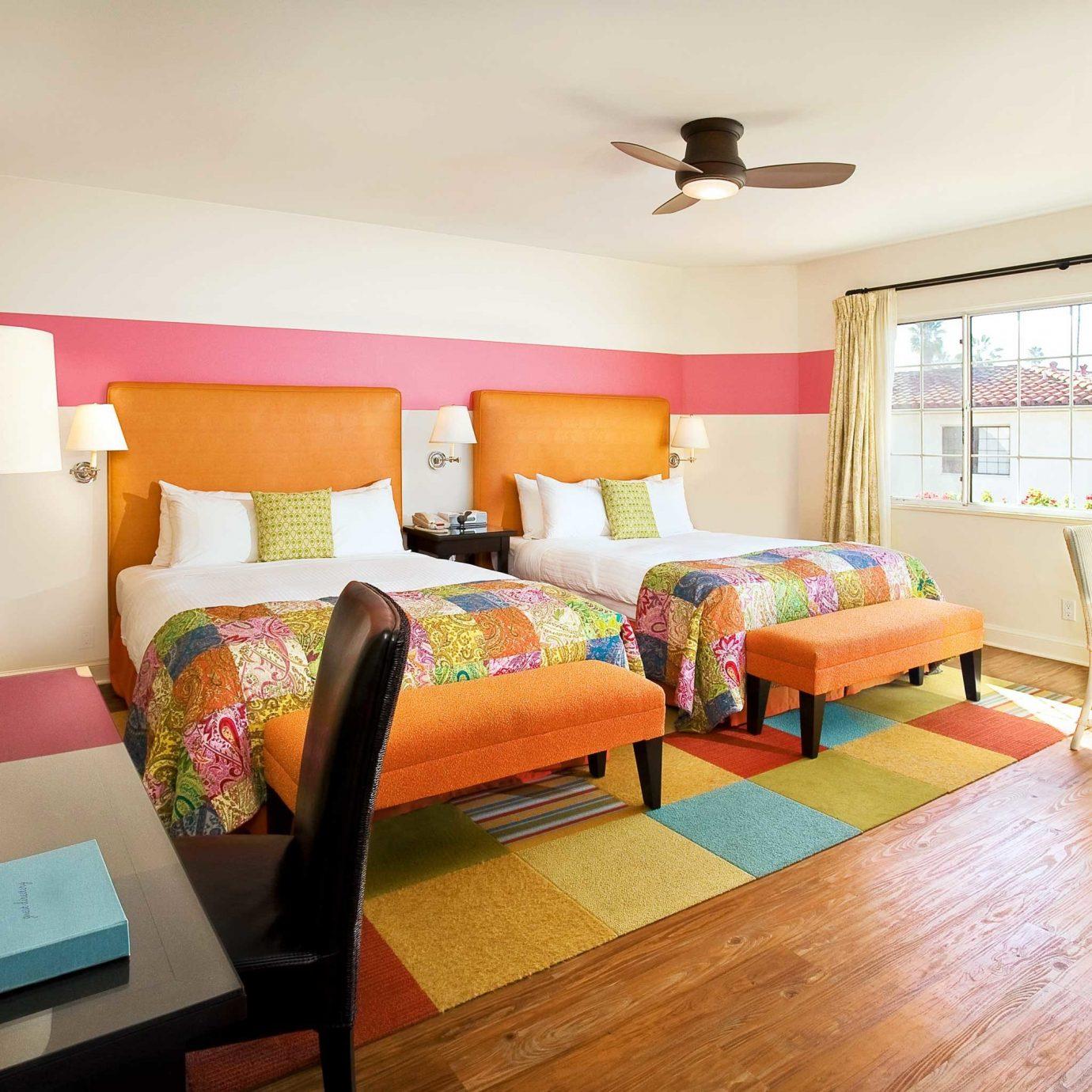 Balcony Bedroom Classic Country Luxury Scenic views Suite property living room home cottage condominium Villa