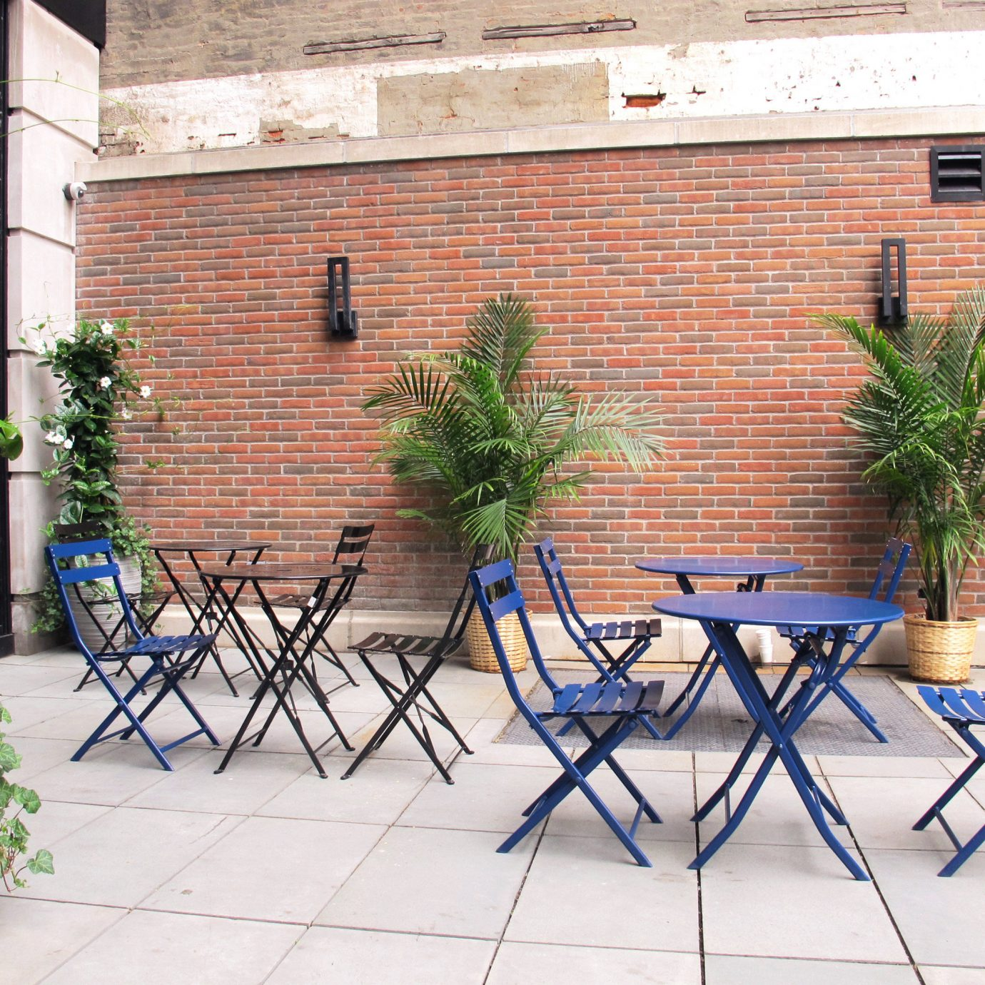 Boutique Courtyard Hip Lounge Modern Patio Terrace building ground property brick home yard backyard cottage outdoor structure Balcony Fence plant
