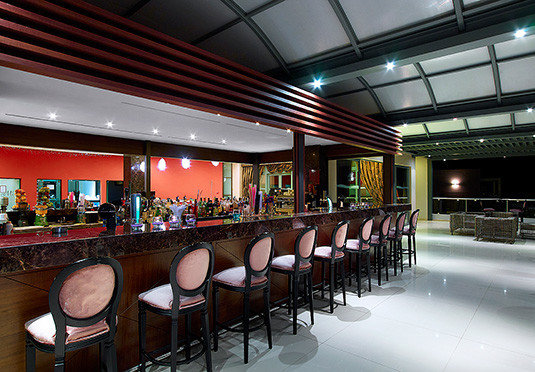 building function hall auditorium restaurant convention center conference hall cafeteria long Bar food court