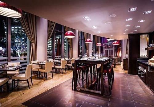 restaurant Lobby Bar recreation room function hall Dining dining table