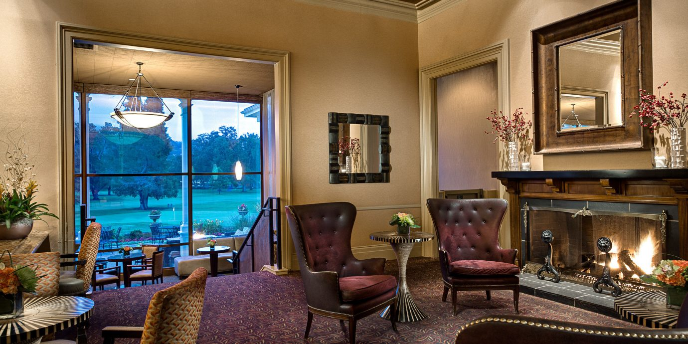 Bar Drink Eat Lobby Lounge Natural wonders Outdoors Romance Scenic views Wine-Tasting Winery living room property home Suite mansion Villa condominium