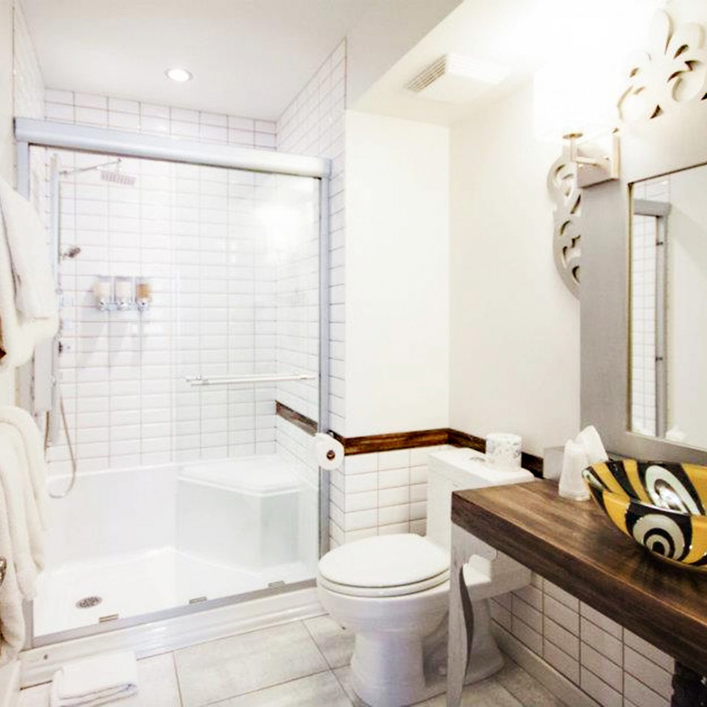 Bath Boutique property bathroom home cottage Suite toilet