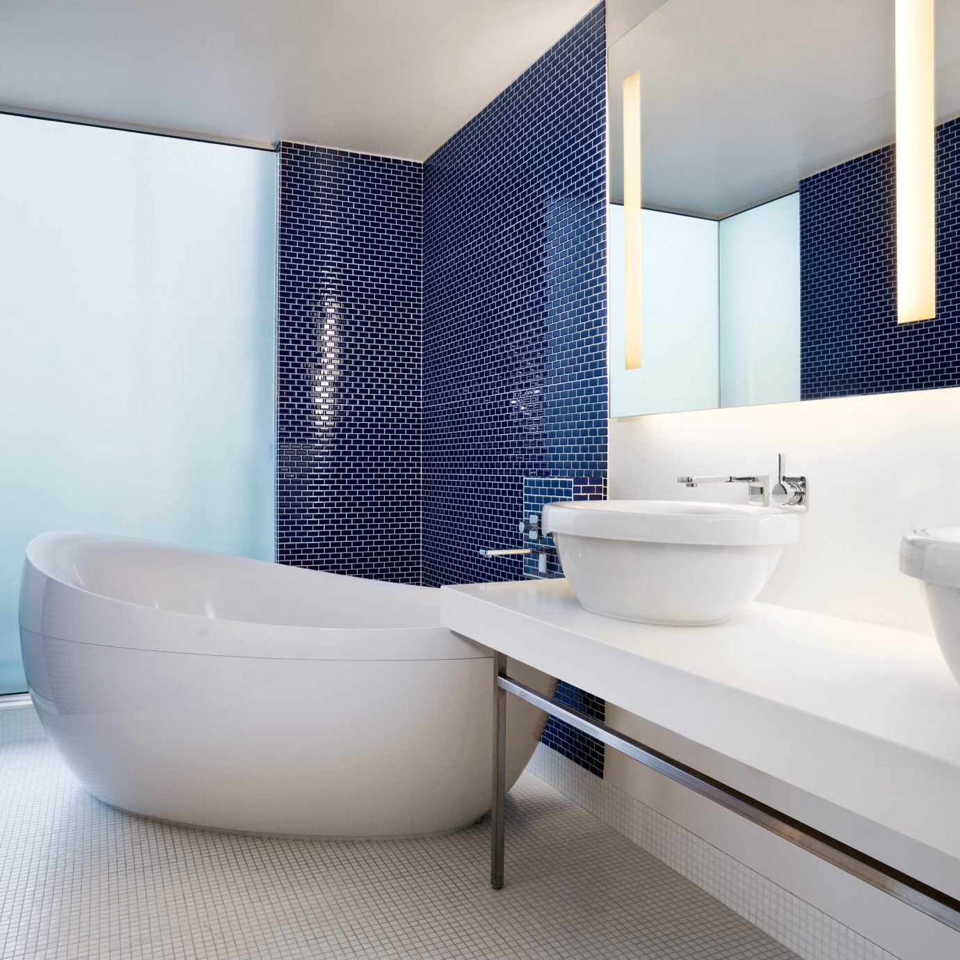 Bath Hip Modern bathroom tub bathtub sink white bidet plumbing fixture swimming pool Suite flooring tile tiled