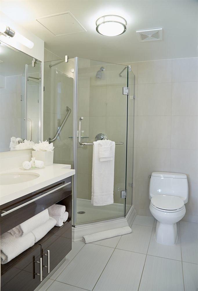 bathroom mirror toilet sink property plumbing fixture bidet public toilet tile