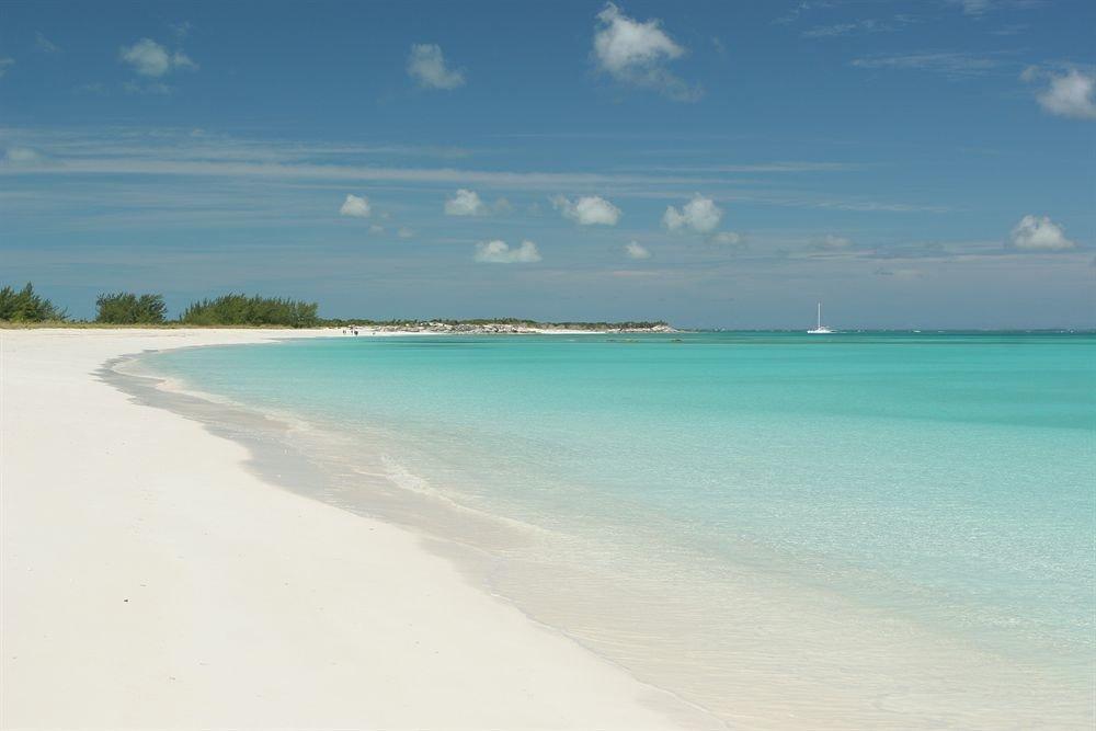 sky water Nature Beach shore Sea horizon Ocean caribbean Coast wind wave Lagoon sand wave Island cay cape sandy