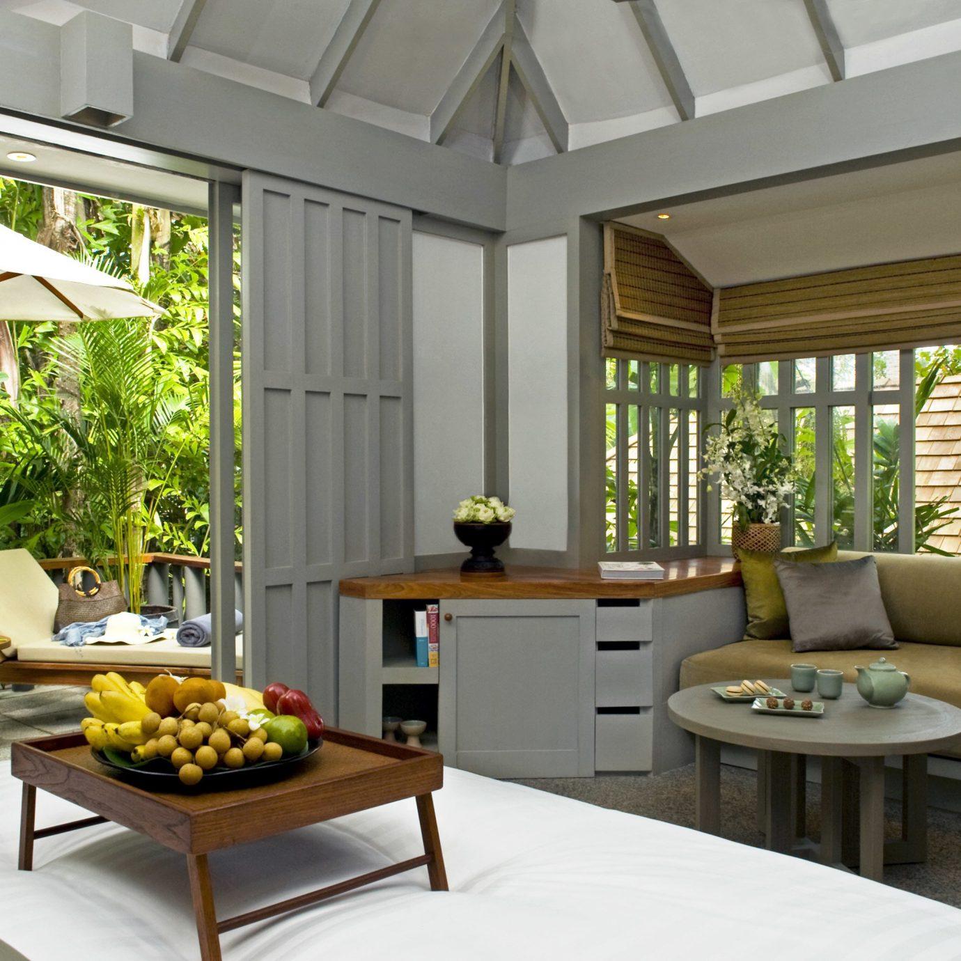 Beachfront Classic Entertainment Resort property living room home condominium porch cottage Villa outdoor structure farmhouse