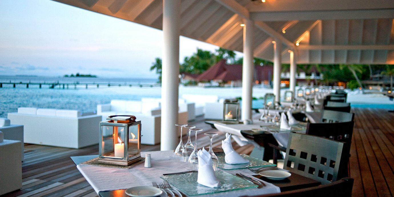 Beachfront Dining Drink Eat Resort restaurant dining table