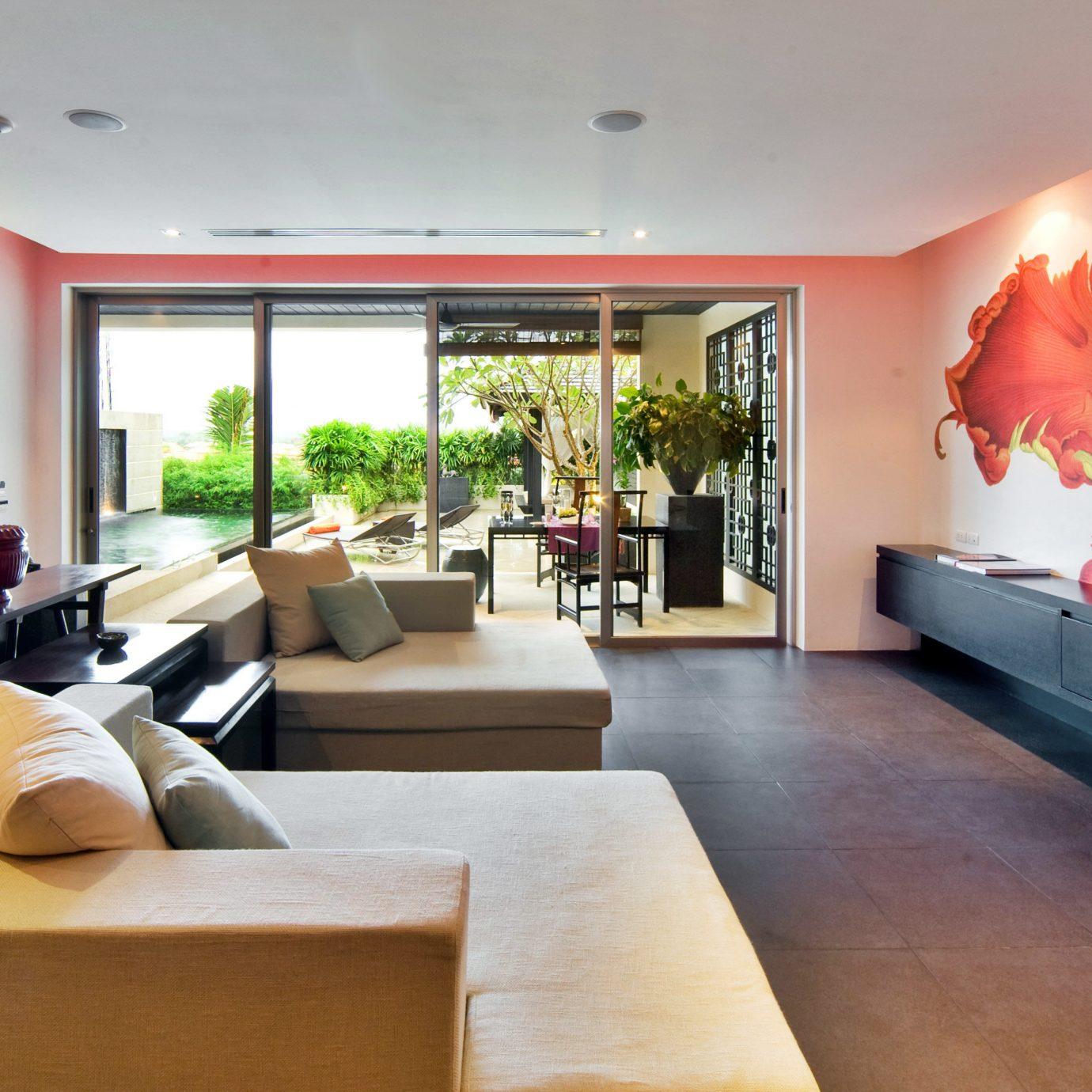 Beachfront Luxury Modern Suite sofa property living room home condominium flat Lobby