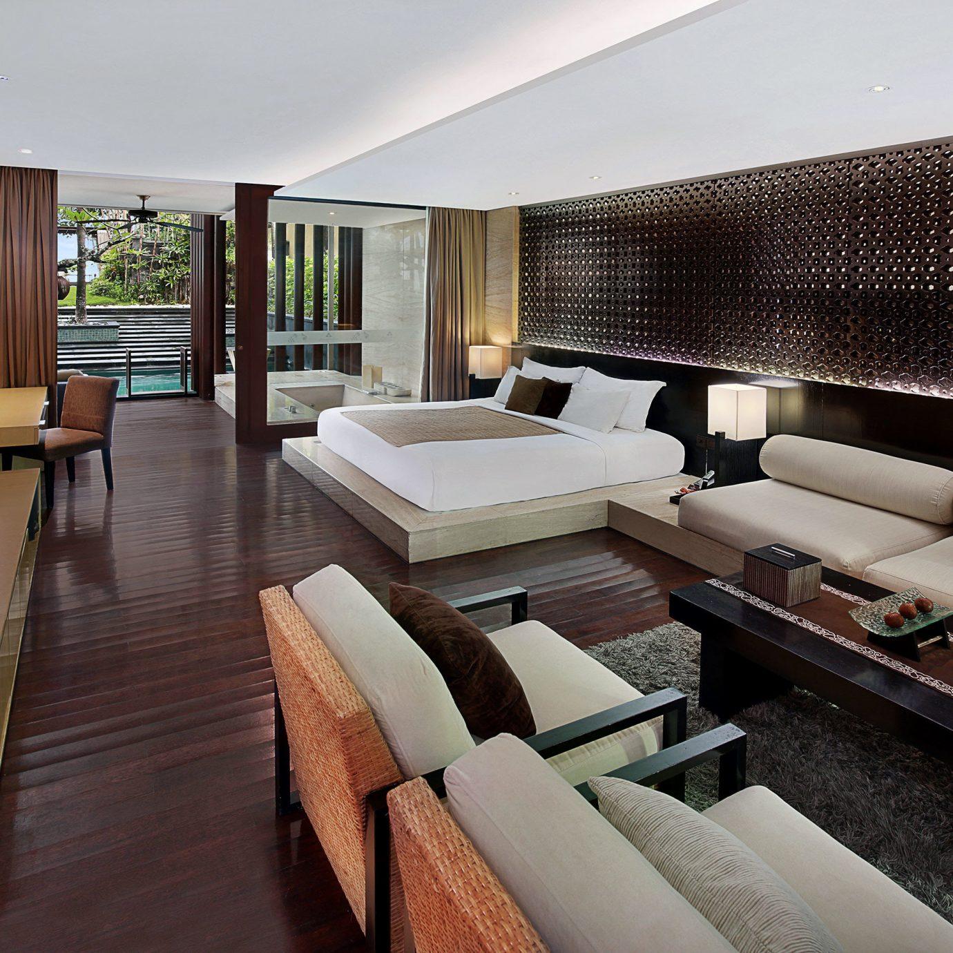 Beachfront Lounge Scenic views property Suite condominium living room Villa yacht Resort Modern