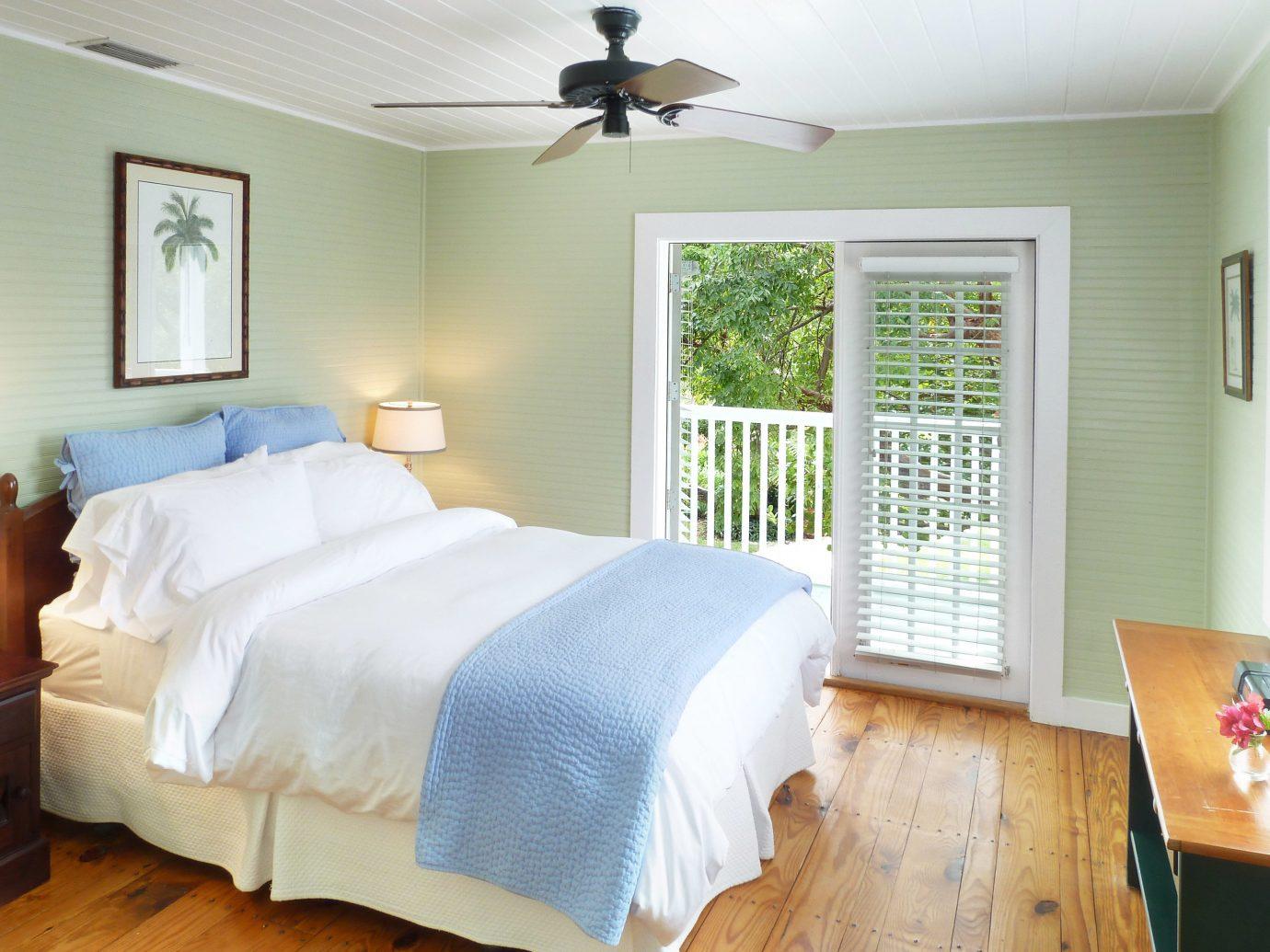Bedroom property cottage home bed sheet
