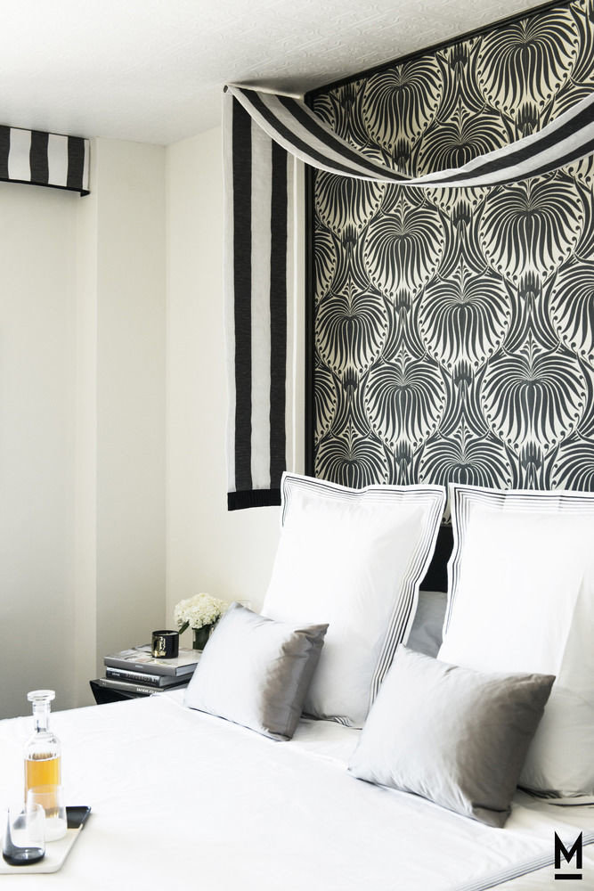 sofa white pillow living room curtain textile window treatment wallpaper Bedroom bedclothes lamp