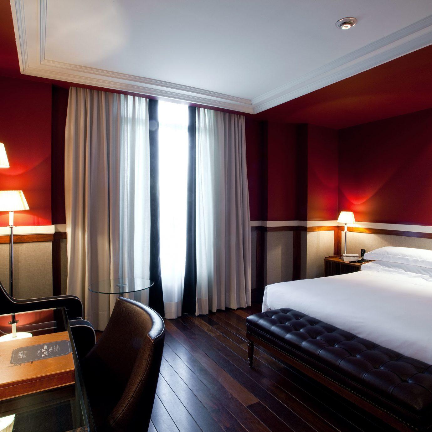 Bedroom Boutique City Suite