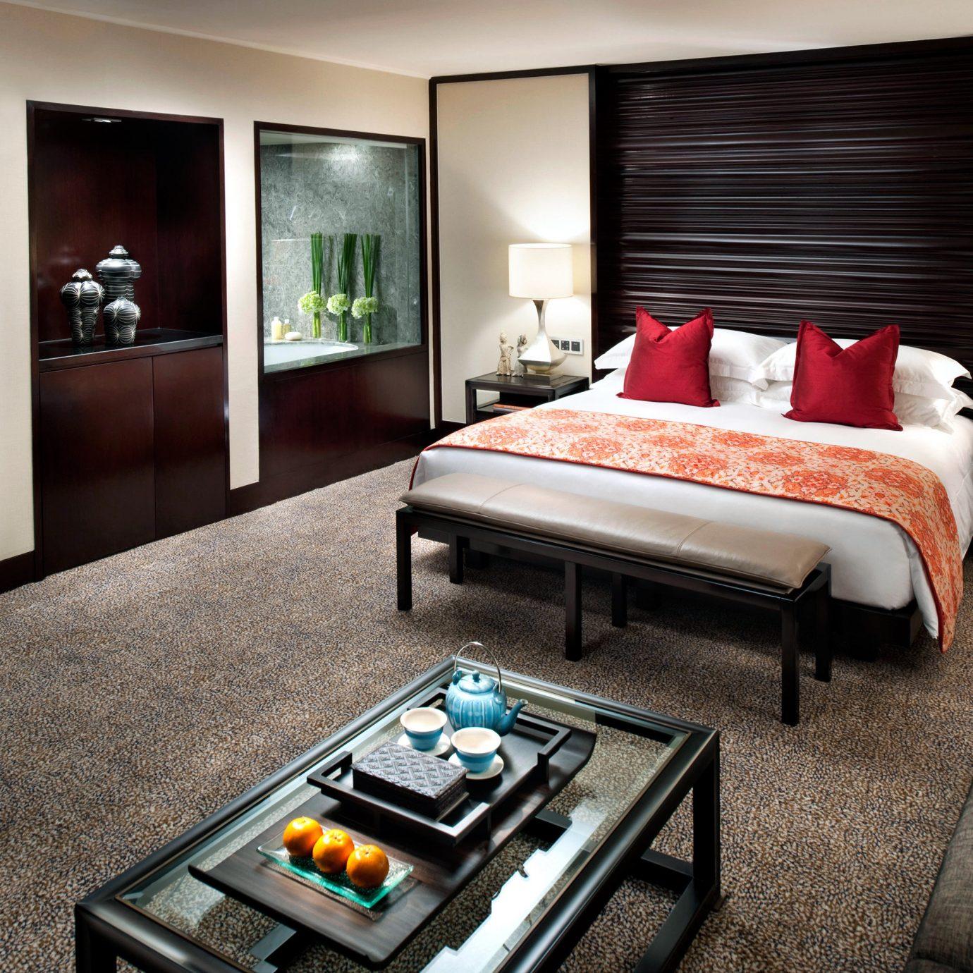 Bedroom Business City Luxury Suite property living room home condominium