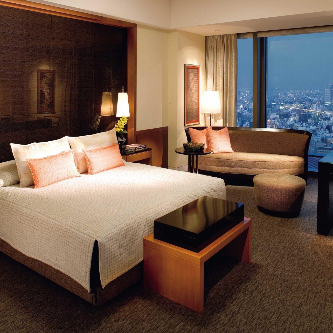 Bedroom City Elegant Hotels Japan Luxury Modern Romance Scenic views Tokyo property Suite living room home Villa condominium cottage Resort